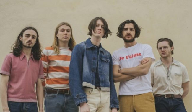 Blossoms single Your Girlfriend