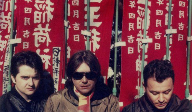 Manic Street Preachers press shot 1998 by Mitch Ikeda