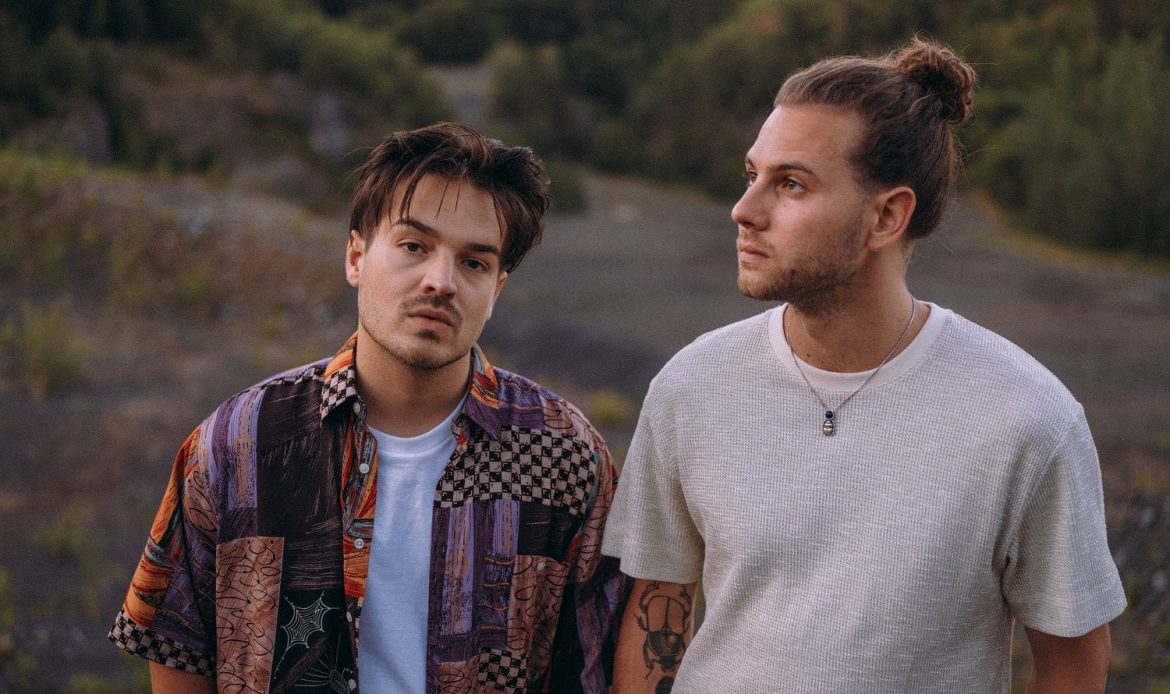 Milky Chance 2019 press photo by Björn Deparade