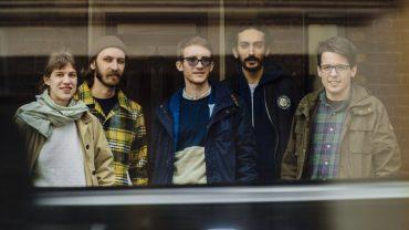 Pinkshinyultrablast band photo 2015