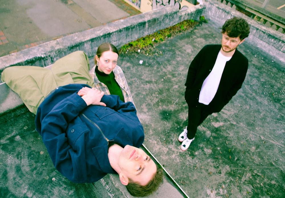 Regressive Left release new single