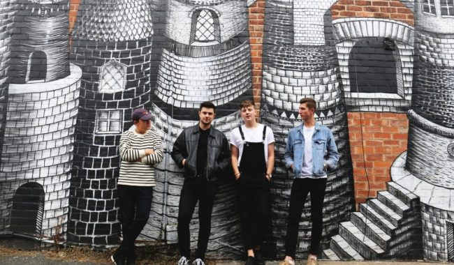 The Covasettes wild single press shot 2018