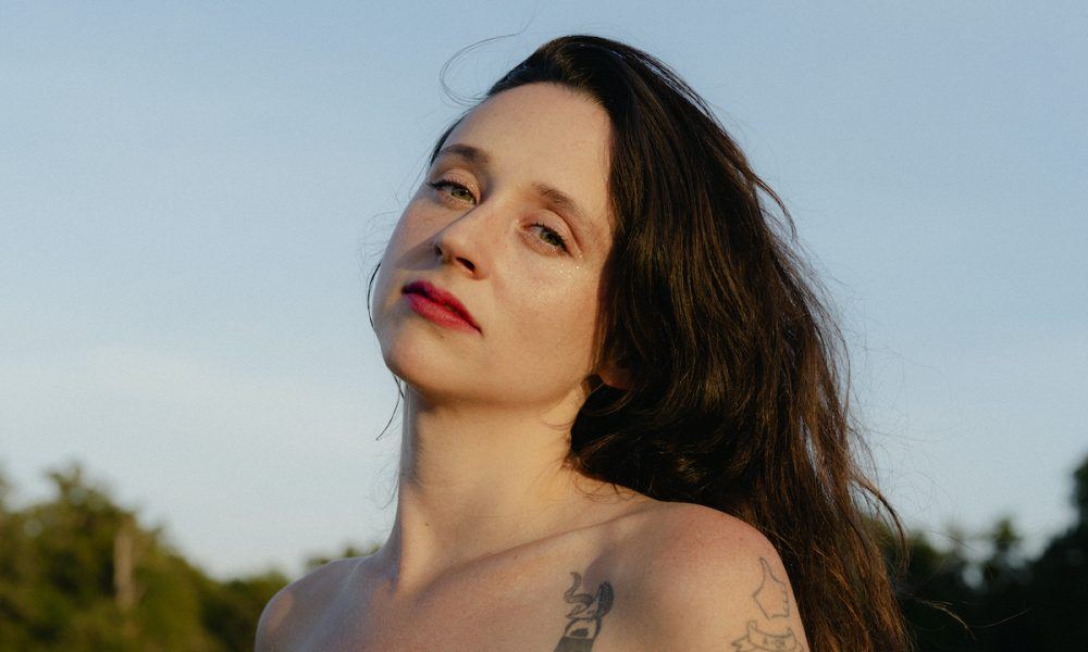 Waxahatchee's emotionally blazing track Fire is our first taste of her newest and fifth full-length album Saint Cloud.