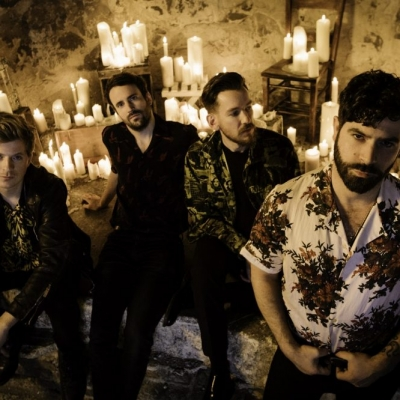 Foals-press-photo-by-Alex-Knowles-2019.jpg