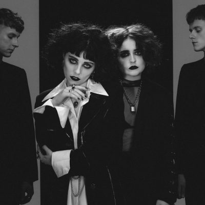 Pale-Waves-Kiss-single-press-shot-2018.jpg
