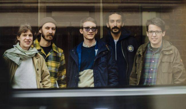 Pinkshinyultrablast-band-photo-2015.jpg