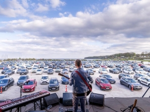Drive In Gigs: A valid alternative to consume live music during the Covid-19 pandemic?